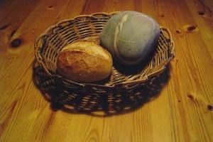 Steen en brood